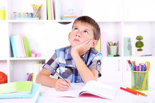 ختنه و نگرانی والدین پسران دبستانی